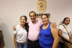 FOTO: DOCENTES PRIMERO